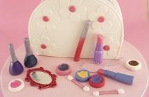 Make Up Bag Cakes