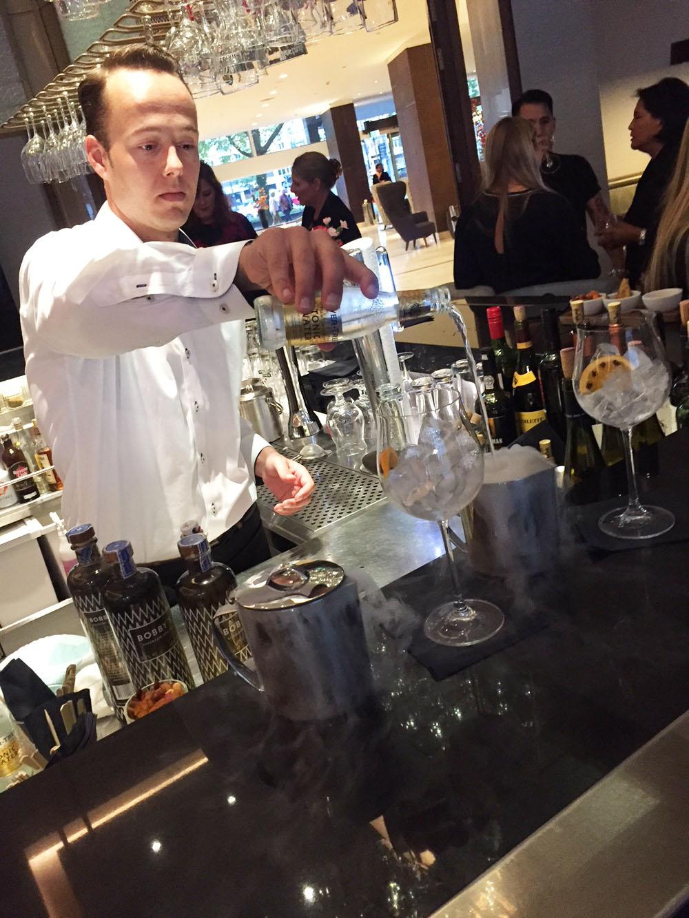 Hotspot: Restaurant Roots Hilton Rotterdam bar cocktails
