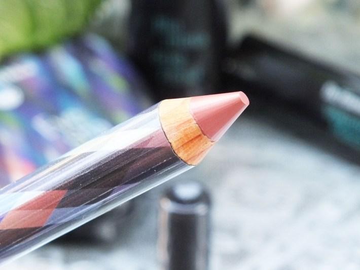 Dr. Hauschka Deep Infinity lip Crayon 01