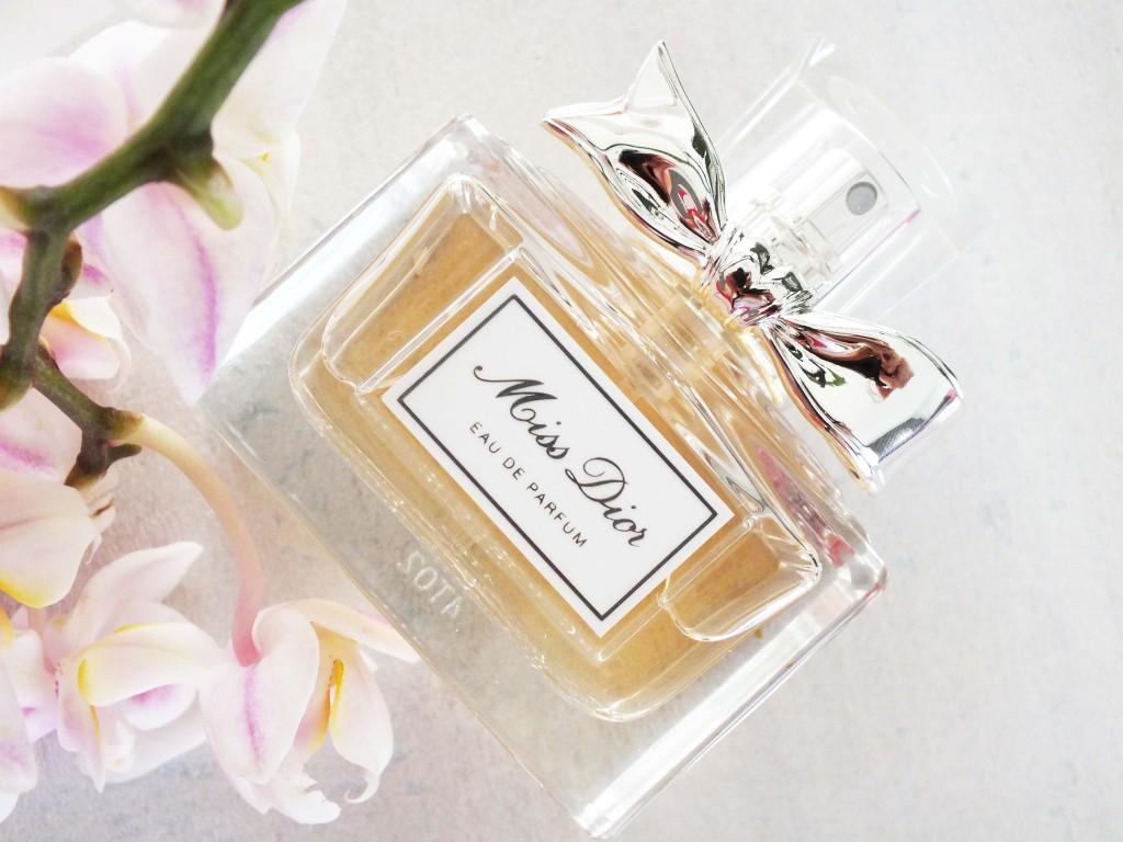 Review: Miss Dior Eau De Parfum fles