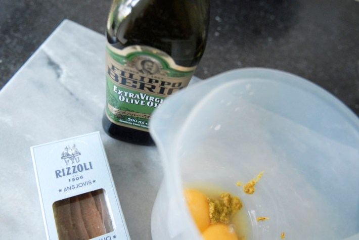 Recept: Ansjovis mosterd mayonaise  Rizolli Enrico food Filippo Berio olijfolie mayonaise