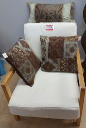 Fab-Finds-Island-Breeze-Upscale-Resale-Chair