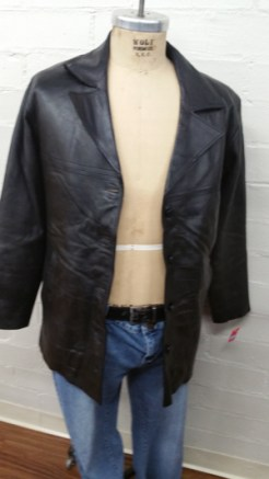 fab-finds-city-rescue-mission-recovered-treasures-thrift-store-jacket