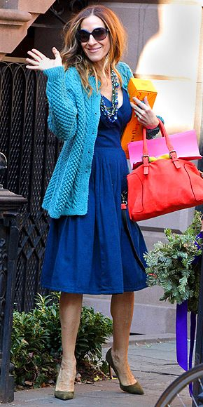 And of course SJP who now is her 50's still is not afraid of colour and mixing it up!!
