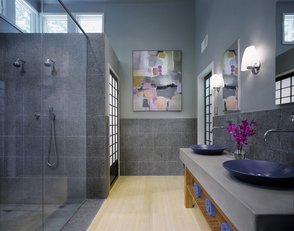 Grey And Blue Bathroom Accessories