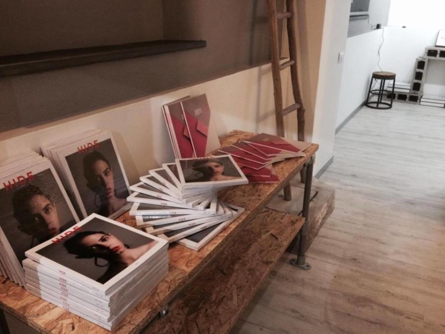 """Magazine esclusivi nell'""""edicola"""" di Outside Gallery"""