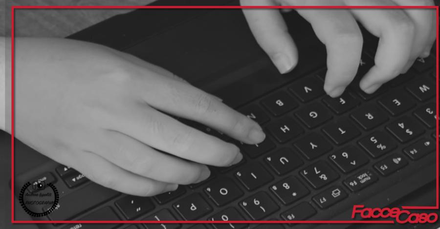 Una tastiera che sa di macchina da scrivere: Lofree!