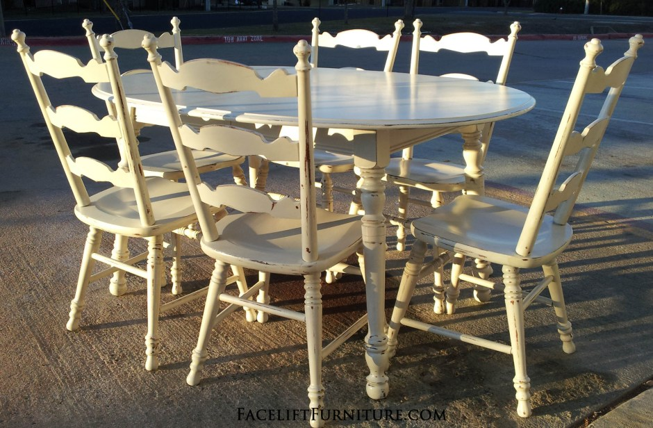 Antiqued White Maple Dining Set