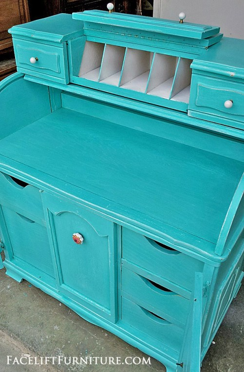 Turquoise Roll Top Desk - Before & After. Facelift Furniture DIY Blog.