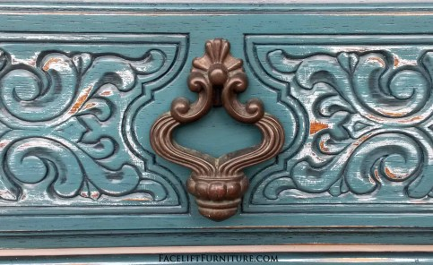 Ornate Vintage Chest Pull