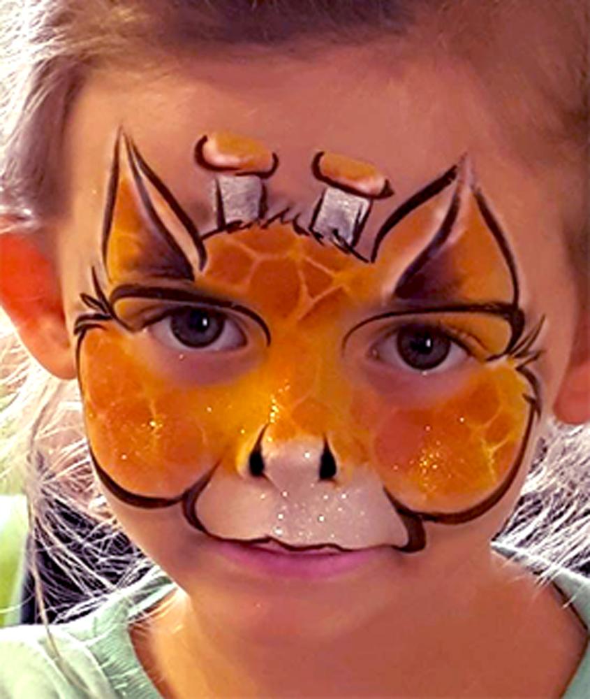 Giraffe-Mask-b-day-party-adj