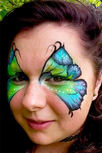 flower-petal-butterfly-diplay