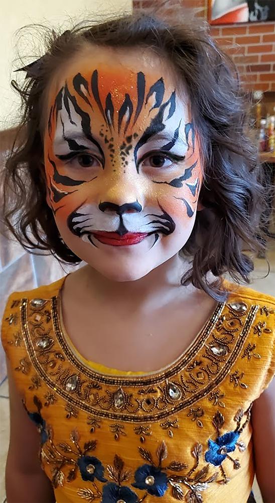 Taj-Mahal-Tigress