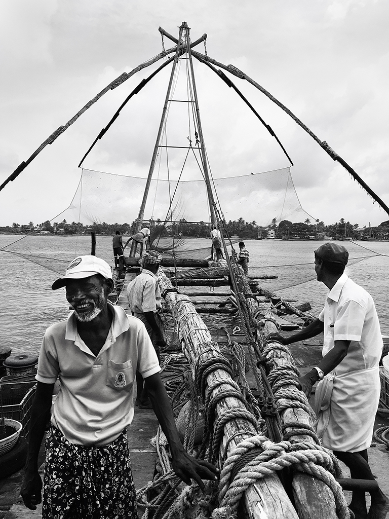 Fishermen, Chinese fishing nets, Kochi, Fort Kochi, Cochin, Kerala, South India, India, Faces Places and Plates blog