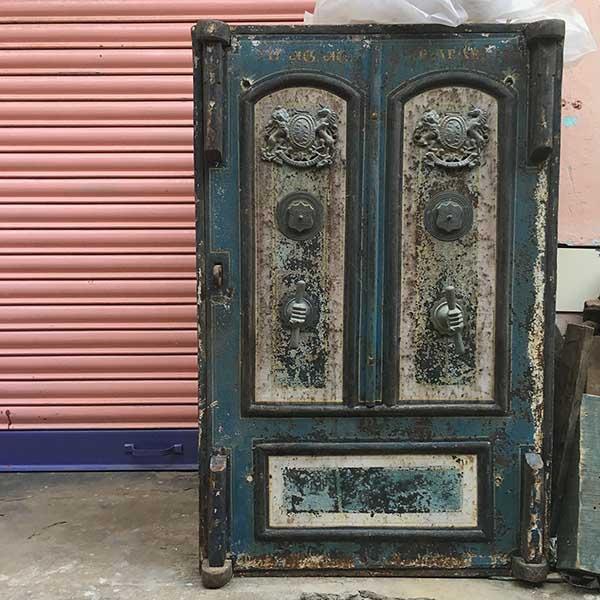 antique market, Karaikudi, Tamil Nadu, South India, India, Faces Places and Plates blog