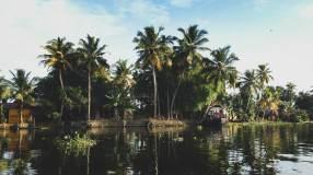 IMG_3864_v2_canoe-ride_1024x576