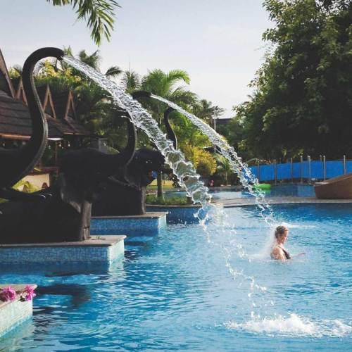 Zuri Kumarakom swimming pool with elephant fountains