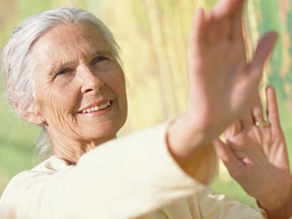 benefici del taijiquan per gli anziani