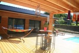 maison bois drôme terrasse