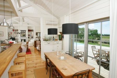 maison bois moirans isère cuisine