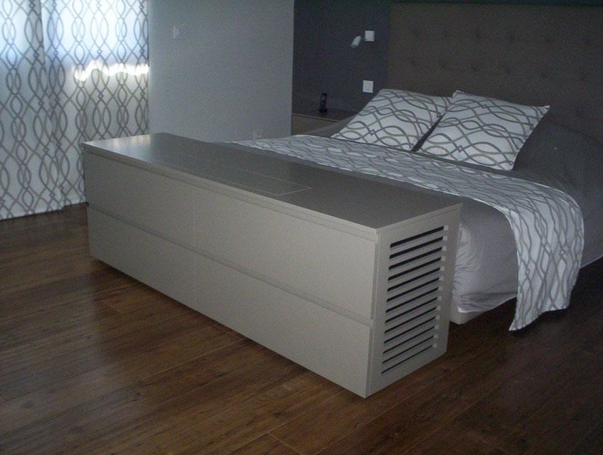 Chambres Meuble Tv Pied De Lit En Laque