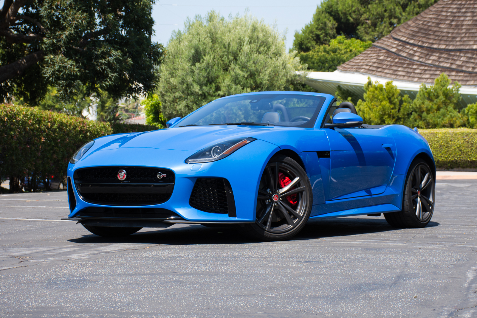 https://i2.wp.com/www.factorytwofour.com/wp-content/uploads/2017/07/2017-Jaguar-F-Type-SVR-Convertible.jpg