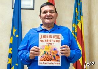 2017-rafael-custodio-libro-w08