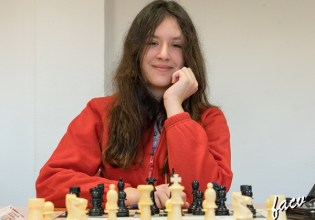 2018-equipos-ajedrez-w18