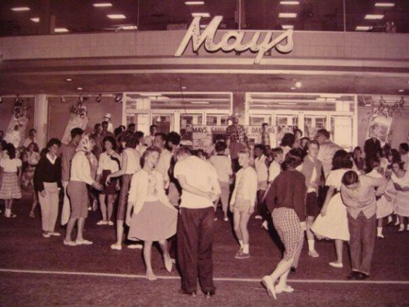 J W Mays Department Stores Now A Real Estate Firm
