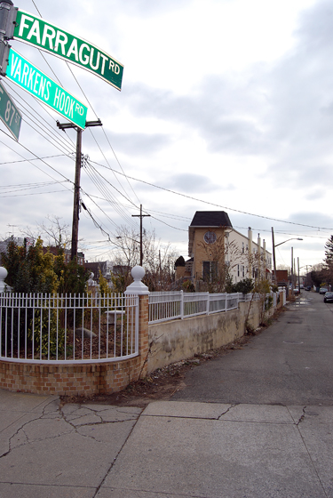 Varkens Hook Road @ Farragut Road & East 87th Street