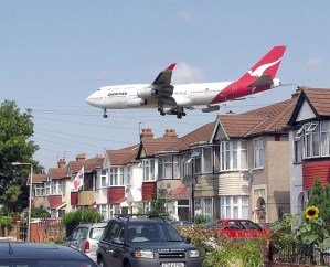 Residential exposure to aircraft noise and hospital admissions for cardiovascular diseases: multi-airport retrospective study
