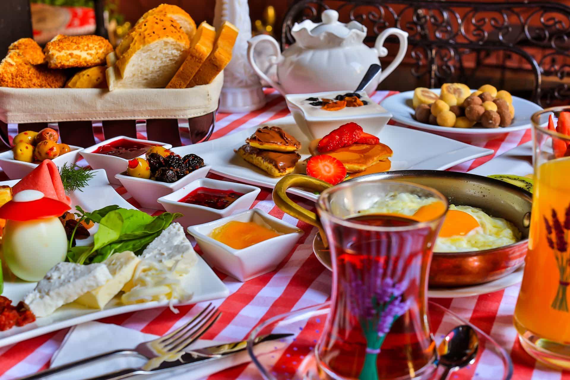Cihangir Organik Kahvaltı, Cihangir Açık Büfe Kahvaltı