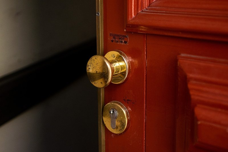 door knob, door, handle