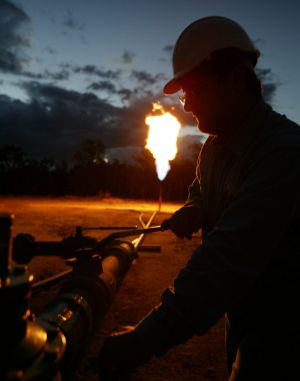 Coal seam gas flaring at Berwyndale South, near Chincilla.