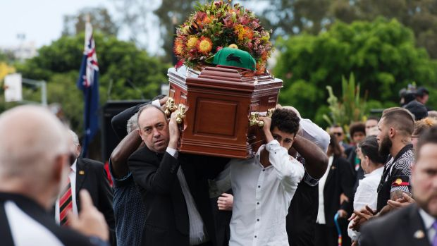 The funeral of the late Aboriginal land rights and health activist Solomon Bellear.