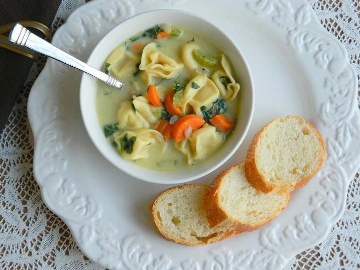 Vegetable Tortellini Soup