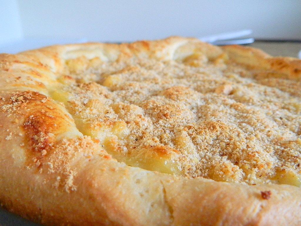 Tattooed Martha - Deep Dish Macaroni and Cheese Pizza (12)