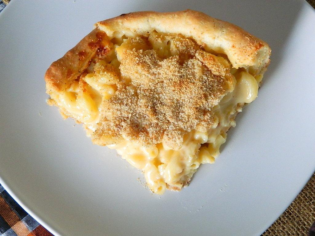 Tattooed Martha - Deep Dish Macaroni and Cheese Pizza (15)