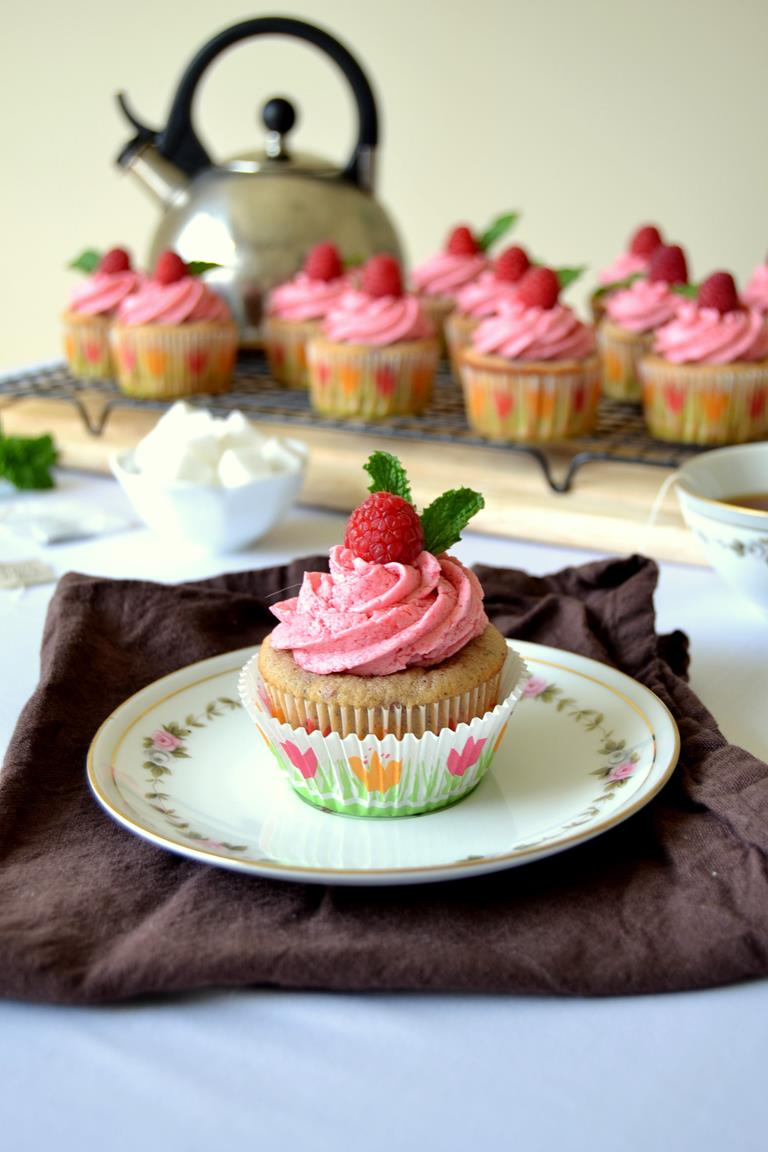 Raspberry Tea Cupcakes with Raspberry Buttercream Frosting