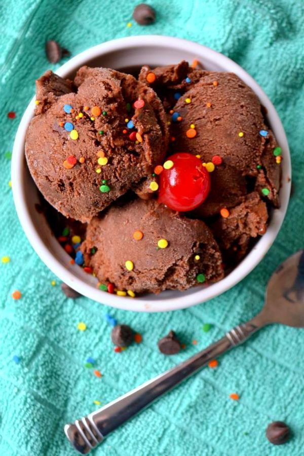 Tattooed Martha - Chocolate Fudge Brownie and Banana Ice Cream (8)