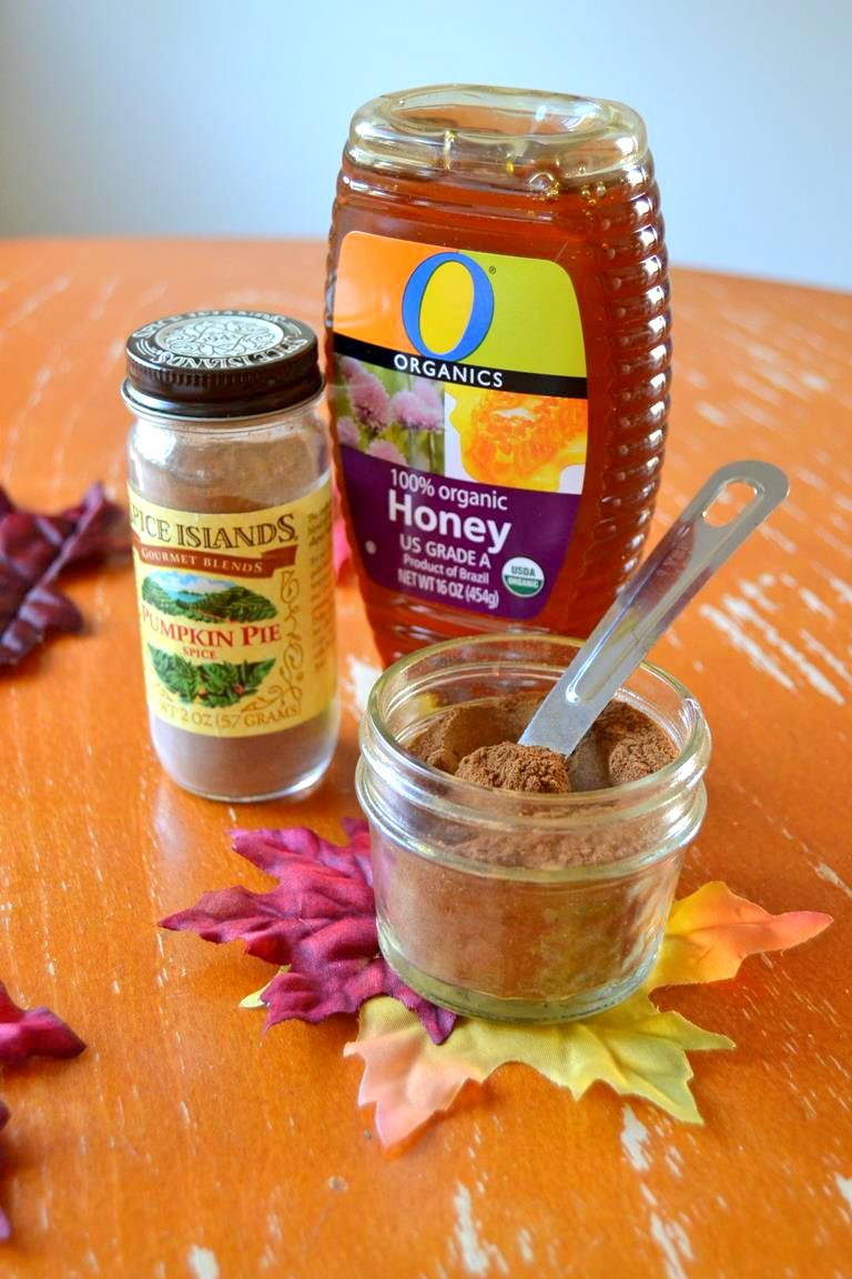 Tattooed Martha - Pumpkin Spice and Honey Face Mask (1)