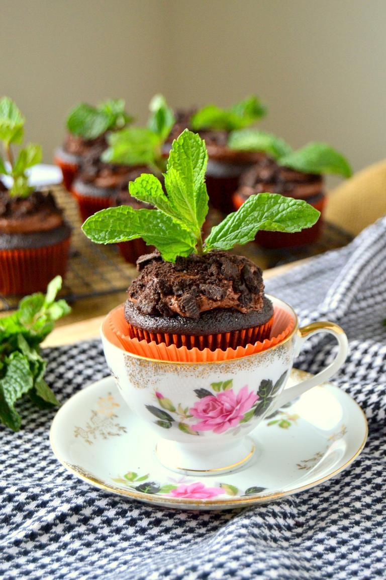 Tattooed Martha - Chocolate Potted Mint Cupcakes (6)