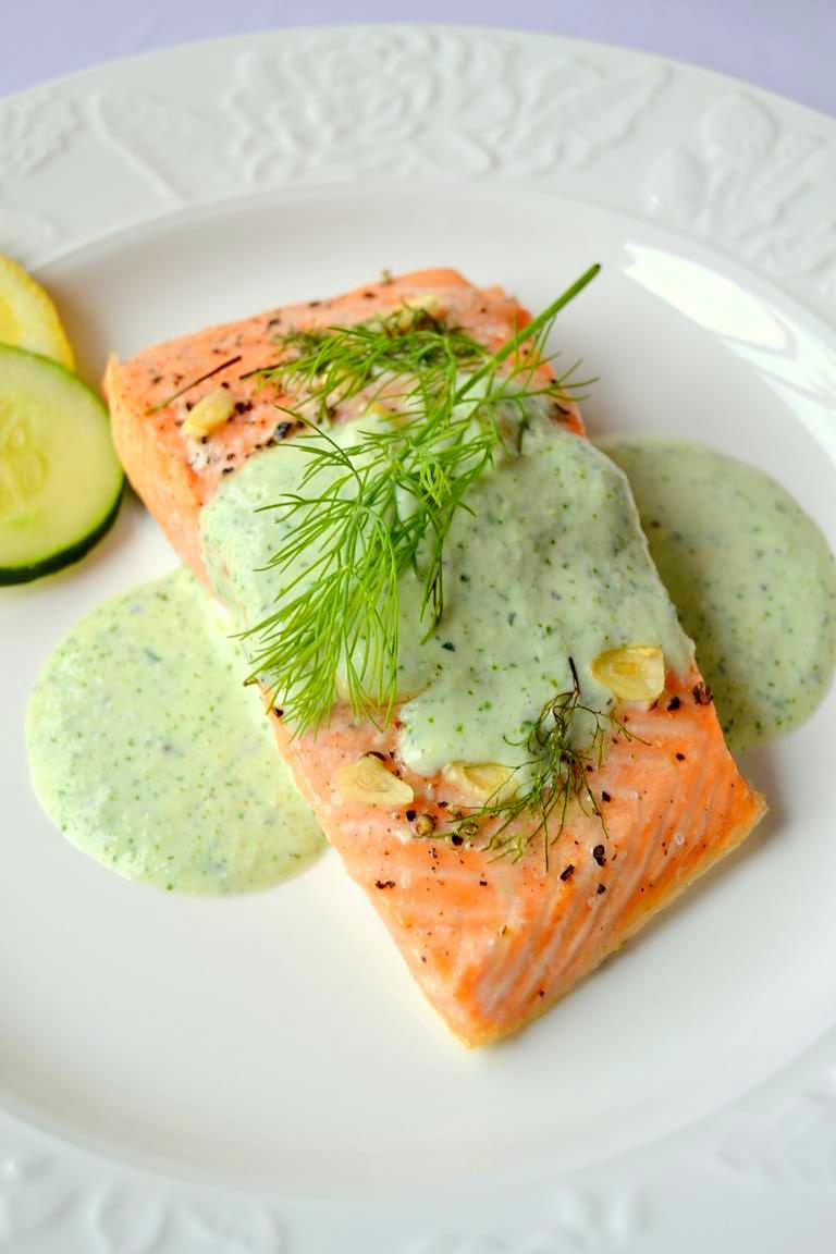 Simple Lemon Dill Salmon with Cucumber Cilantro Sauce (7)