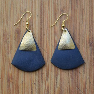 Fair Trade Black wood triangle and brass triangle earrings JEMBW4