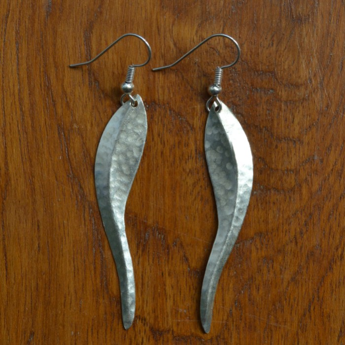 Fair Trade Silver plated chilli leaf earrings JEMS59