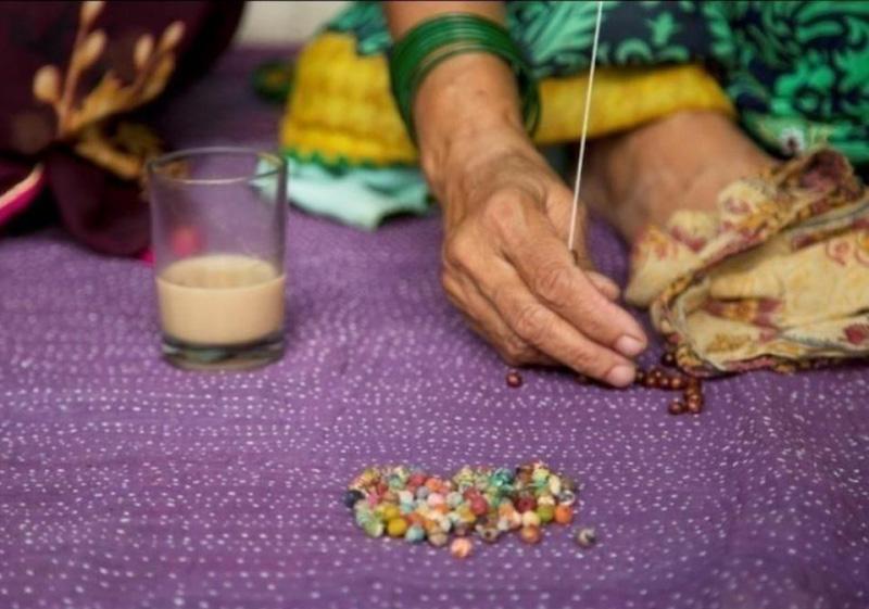 making kantha beads