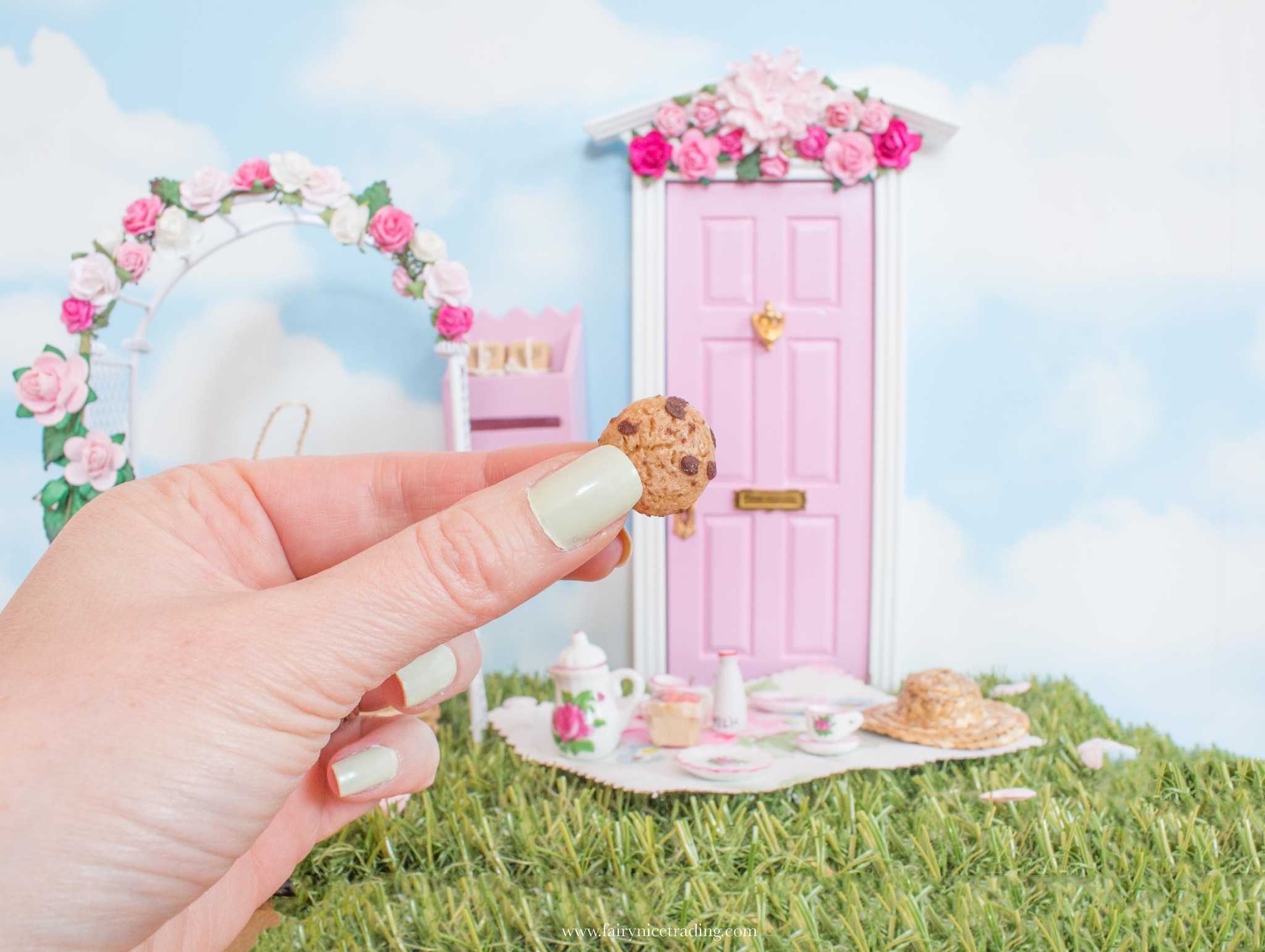 ideas for Fairy food, miniature cookies