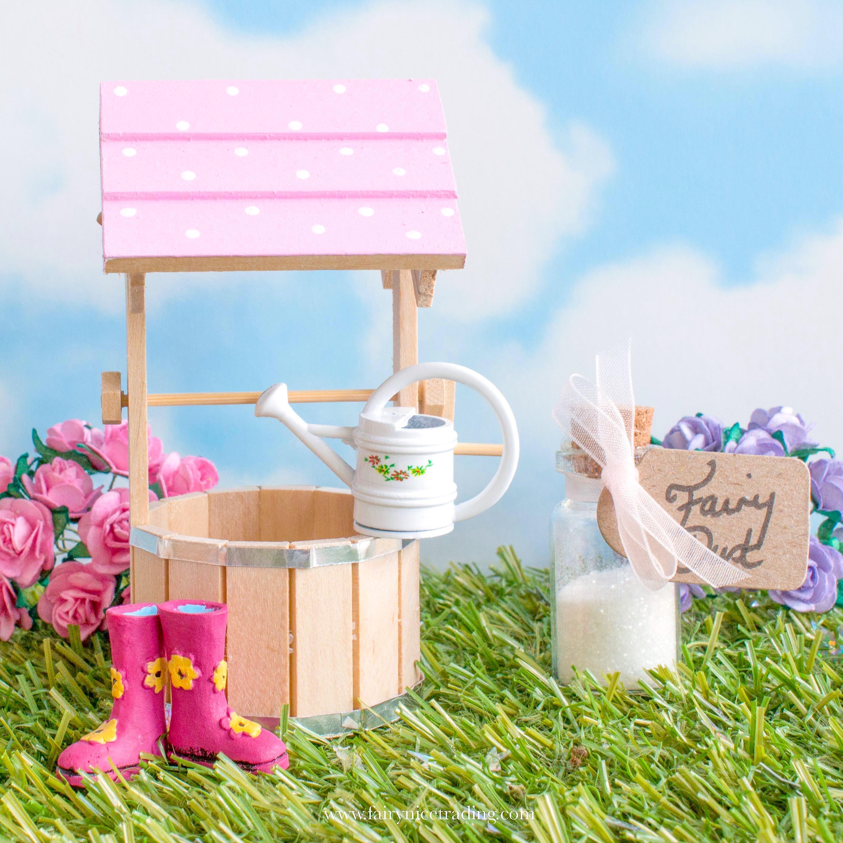 miniature wishing well uk