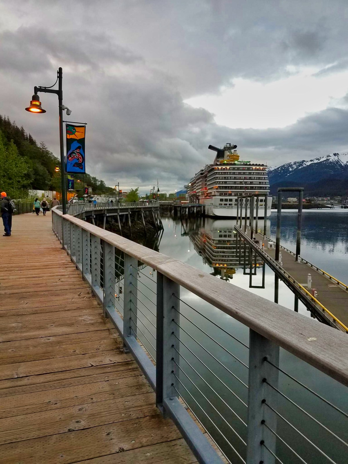 When is the best time to go on an Alaskan cruise?
