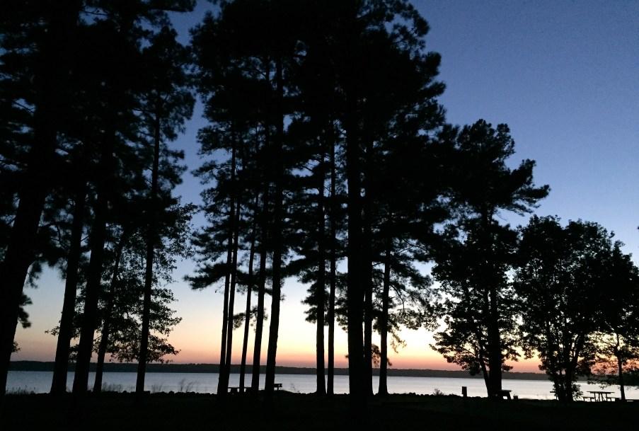 Hernando Point campground alongside Arkabutla Lake